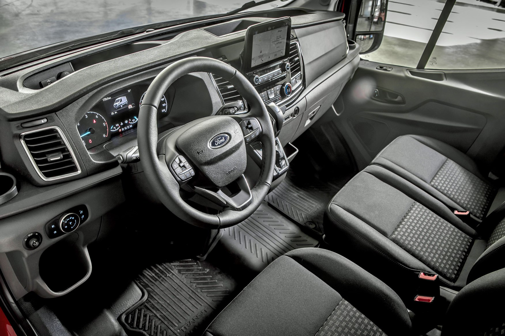 Ford Transit review - 2019 facelift model, dashboard, steering wheel, instrument cluster and Ford Sync touchscreen
