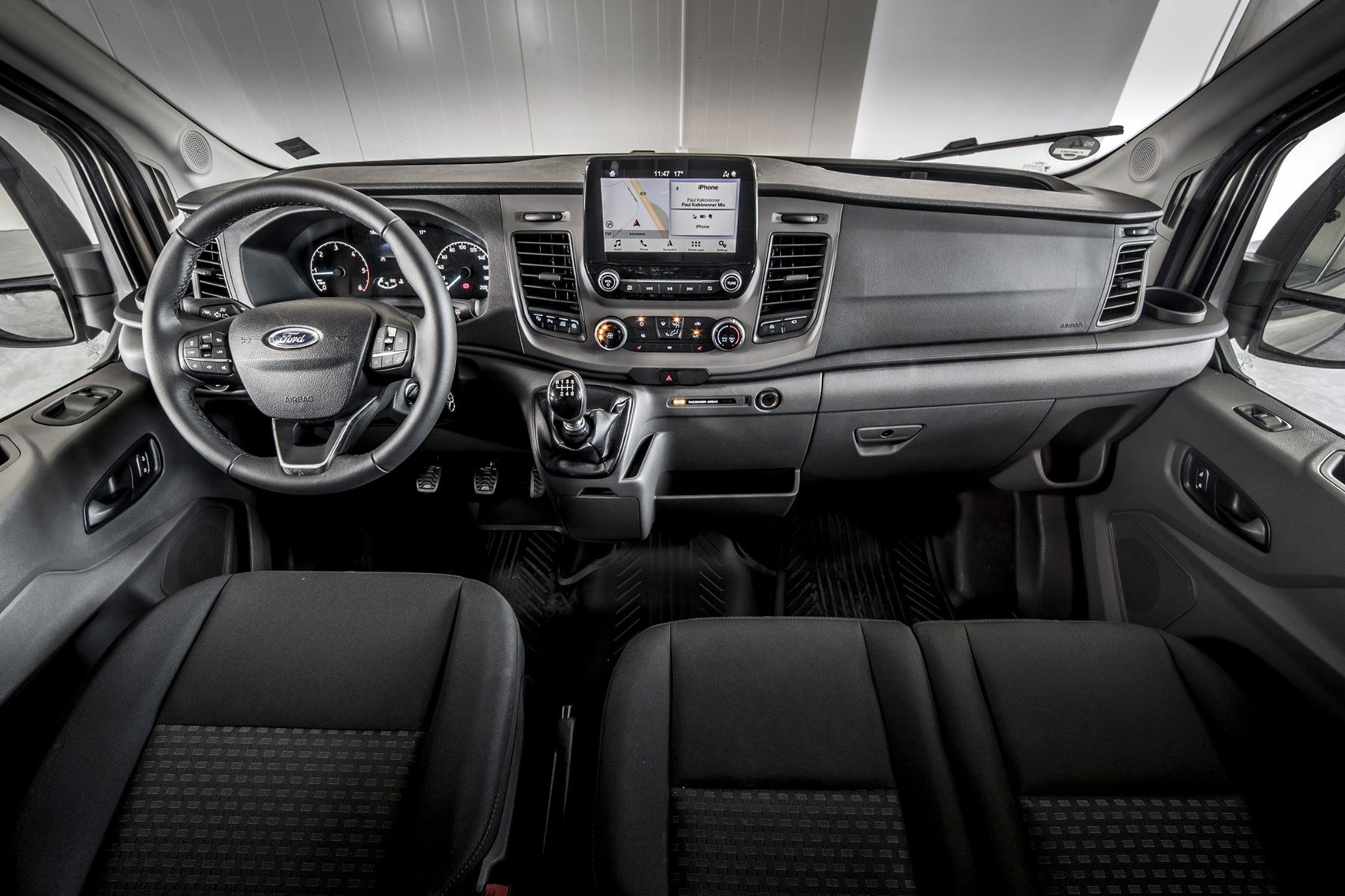 Ford Transit review - 2019 facelift model, dashboard, full view