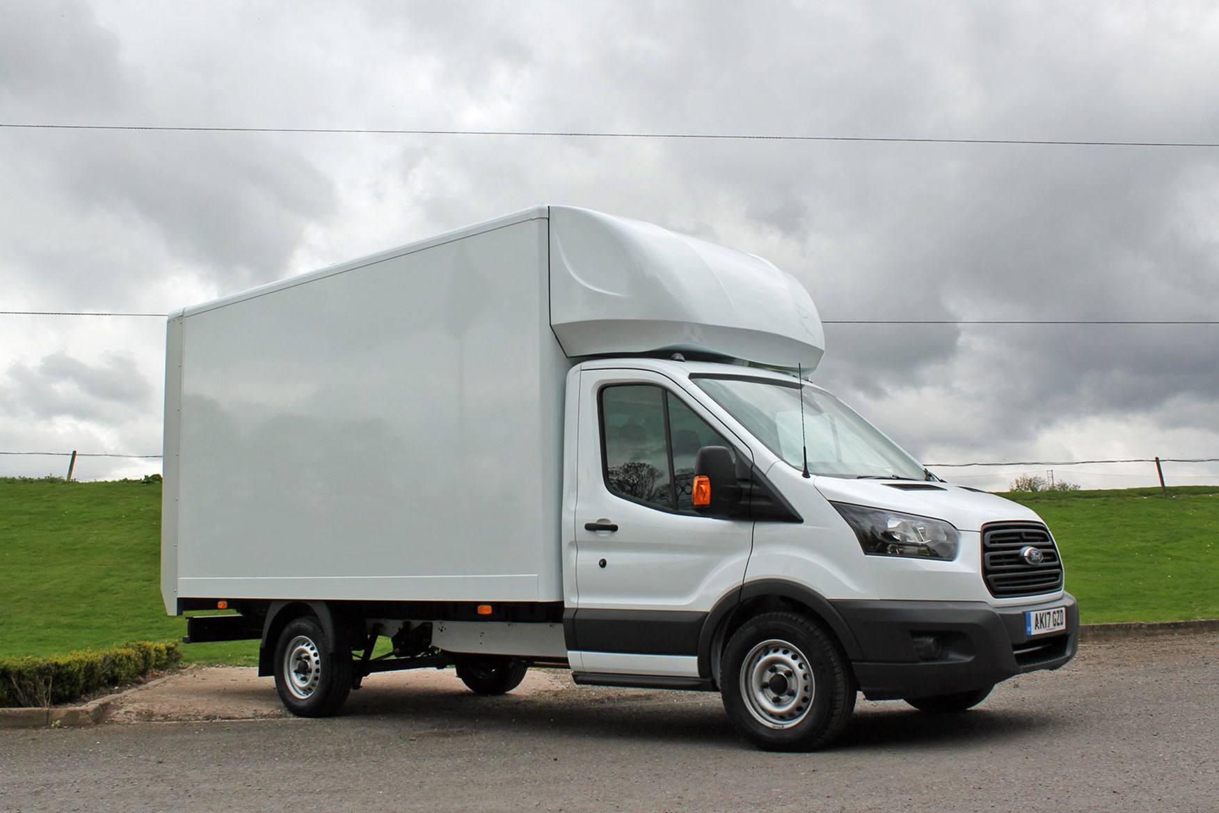 Ford Transit FWD Luton review