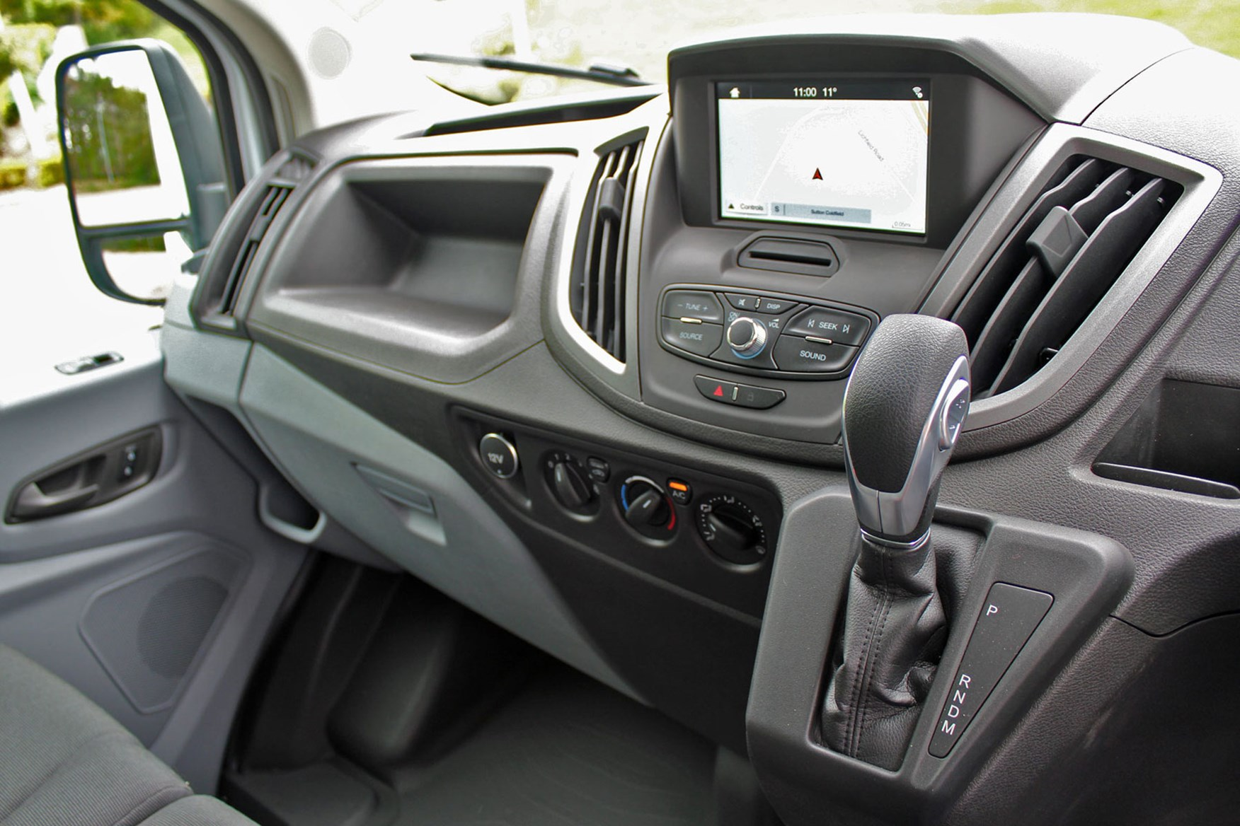 Ford Transit Luton review - automatic gearbox