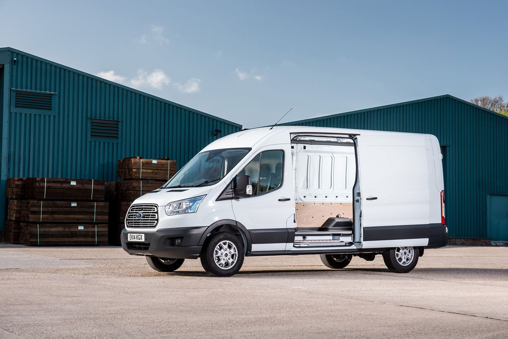 Ford Transit van dimensions, capacity, payload, volume ...