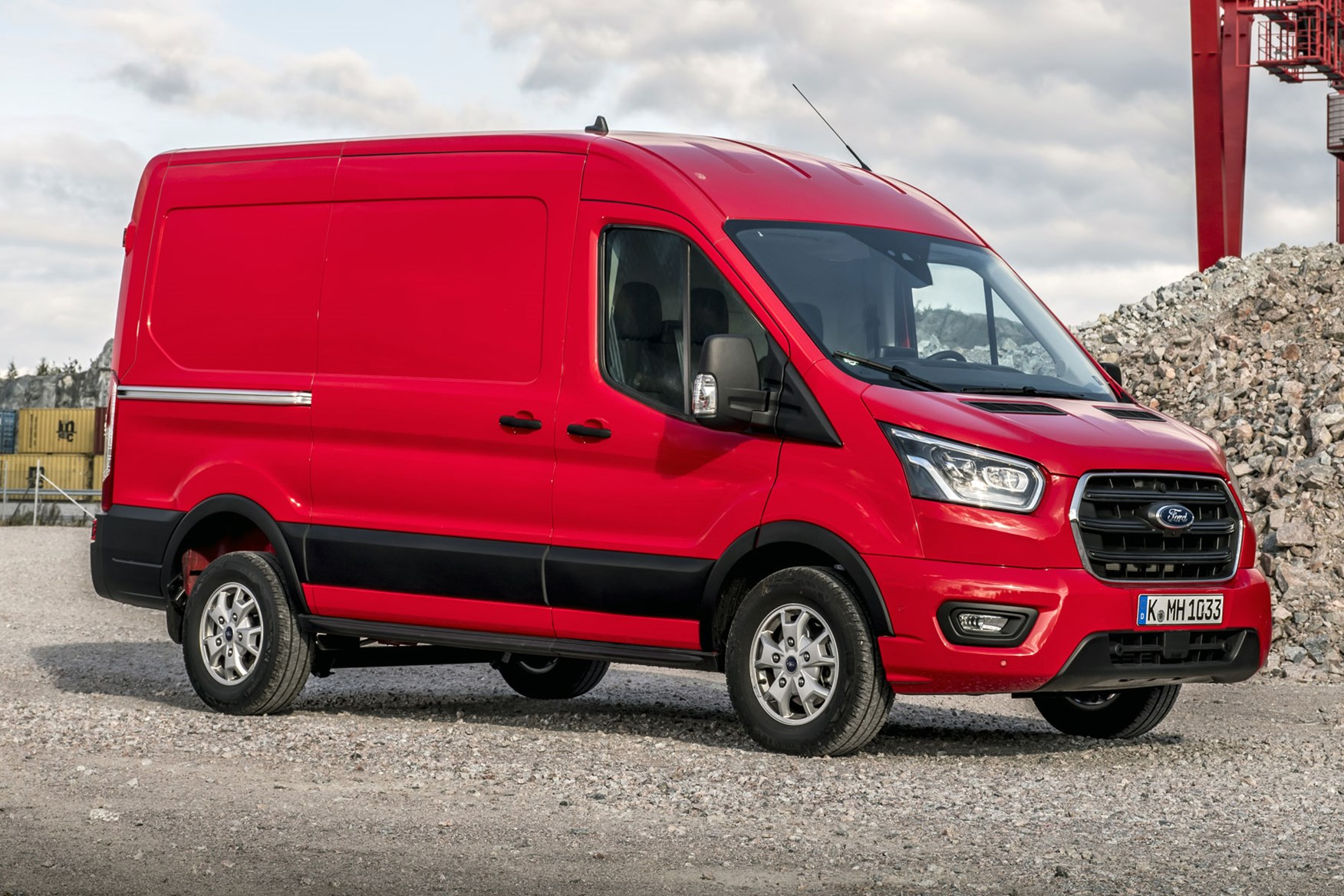 Ford Transit dimensions - 2019 facelift model, front view, panel van, red