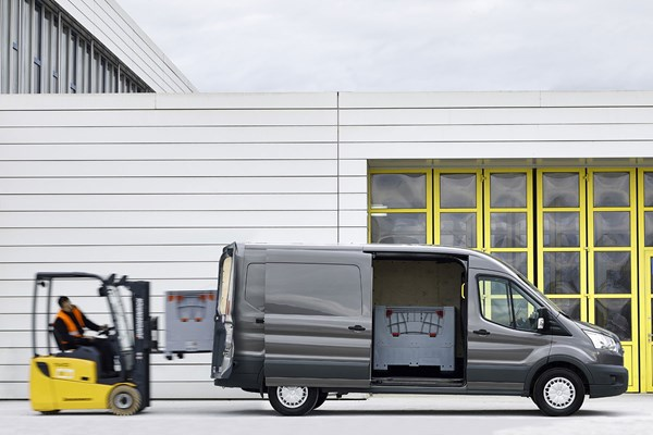 Ford Transit Dimensions >> Ford Transit Van Dimensions Capacity Payload Volume