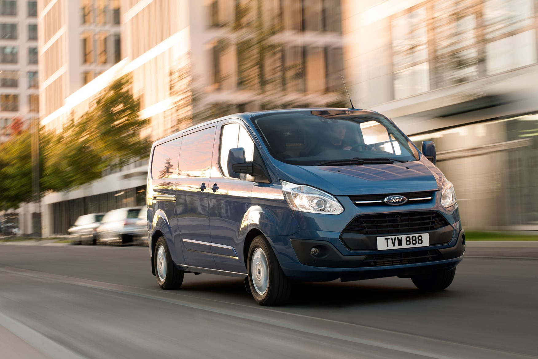 Ford Transit Custom review - 2012 pre-facelift front view driving