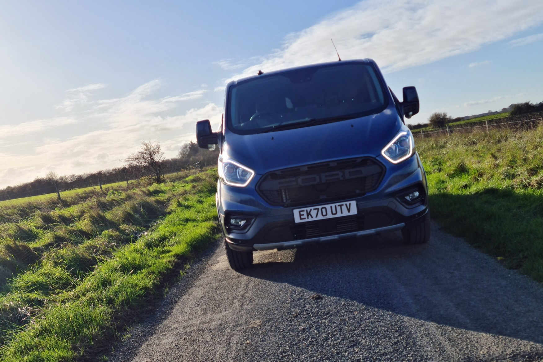 Ford Transit Custom Trail review, L2, DCiV, 2020, dead-on front view, DRLs, FORD grille