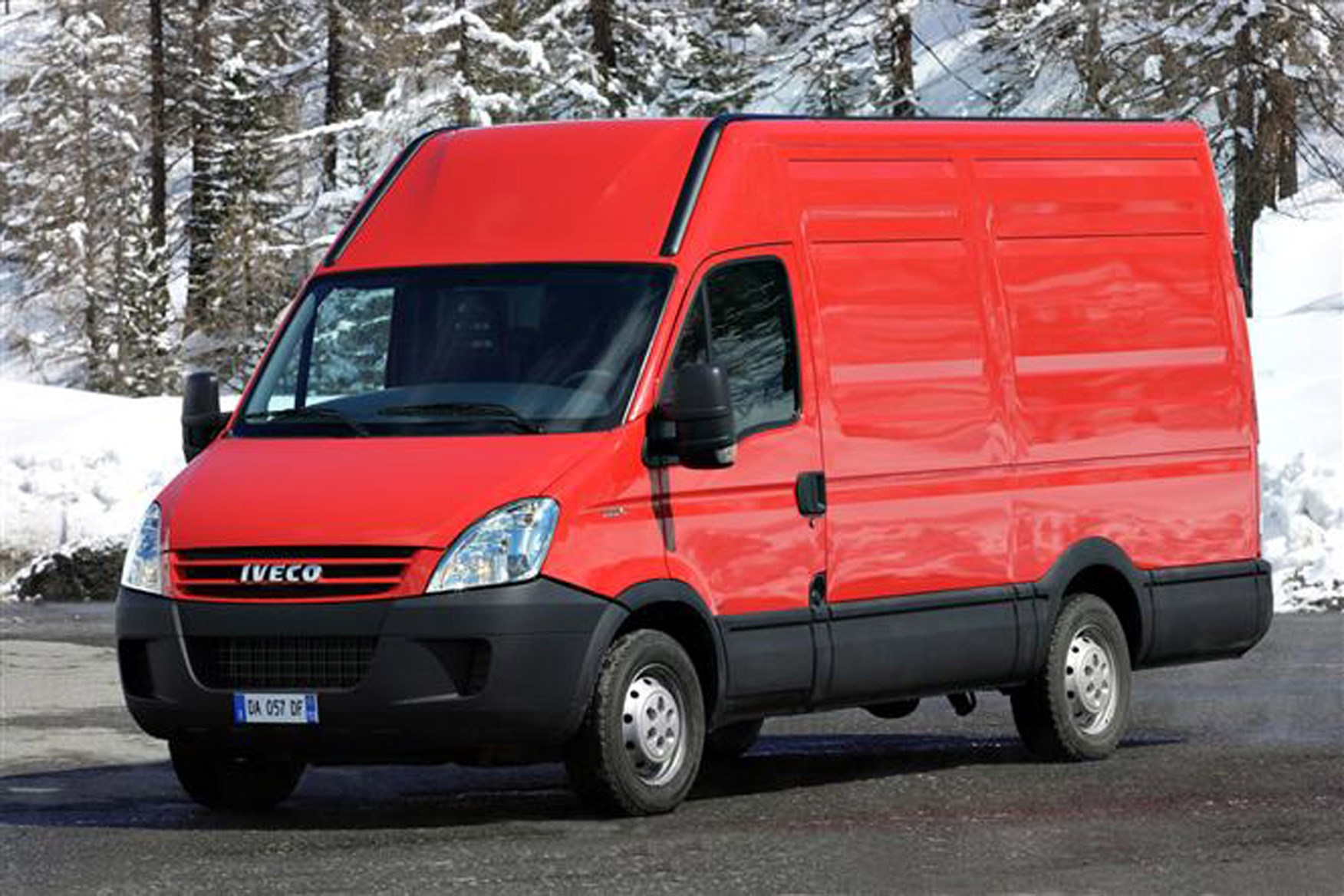 Iveco Daily 2006-2009 review on Parkers Vans - exterior