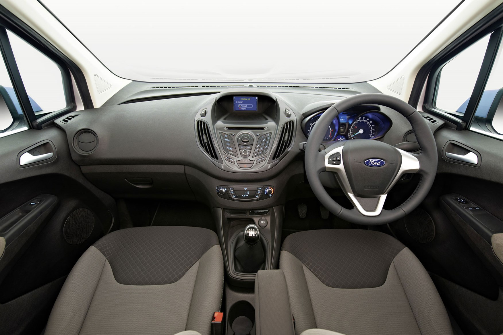 Ford Transit Courier review - cab interior pre facelift