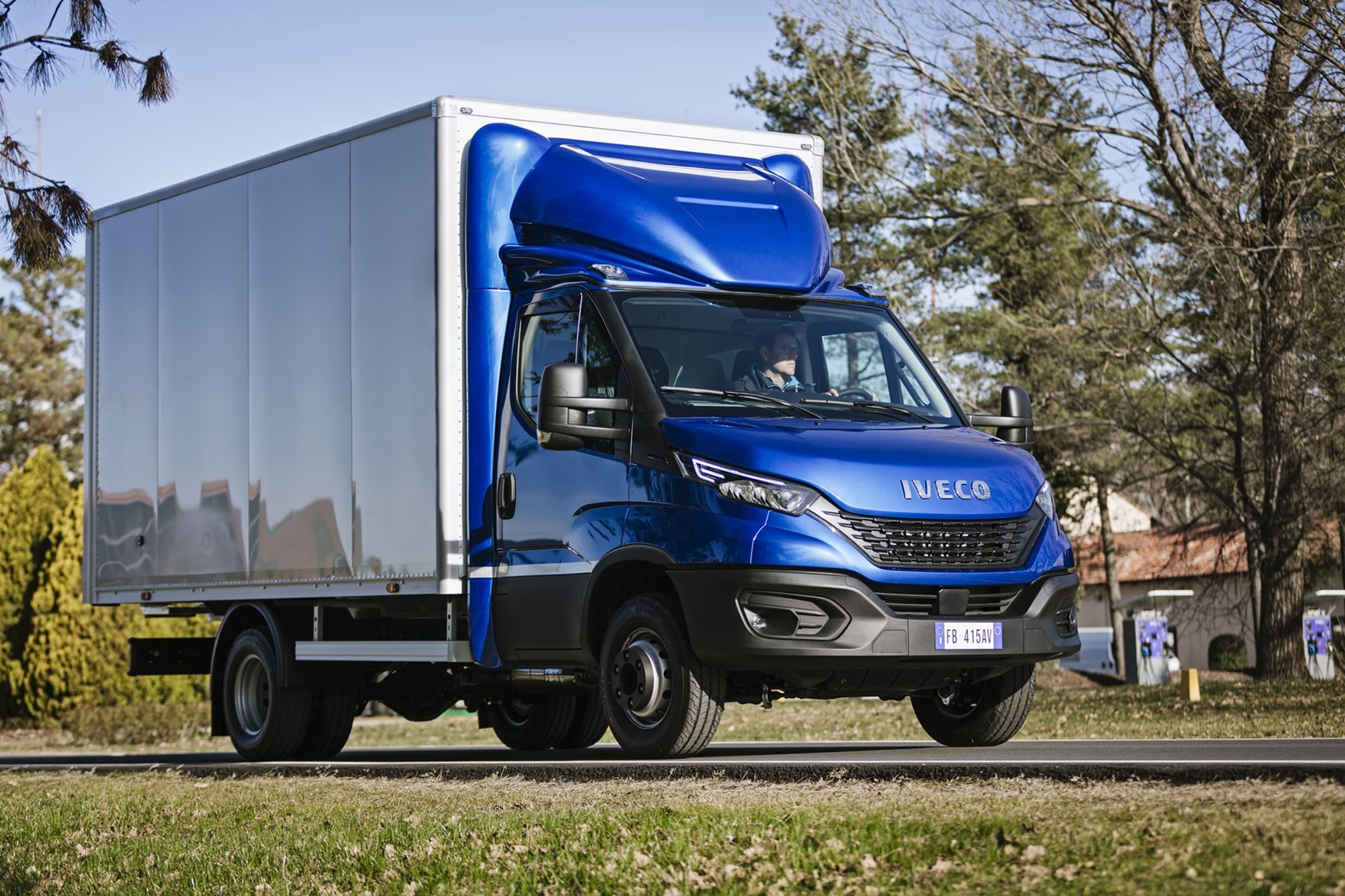 Iveco Daily 2019 review - box van, front side view, blue and white