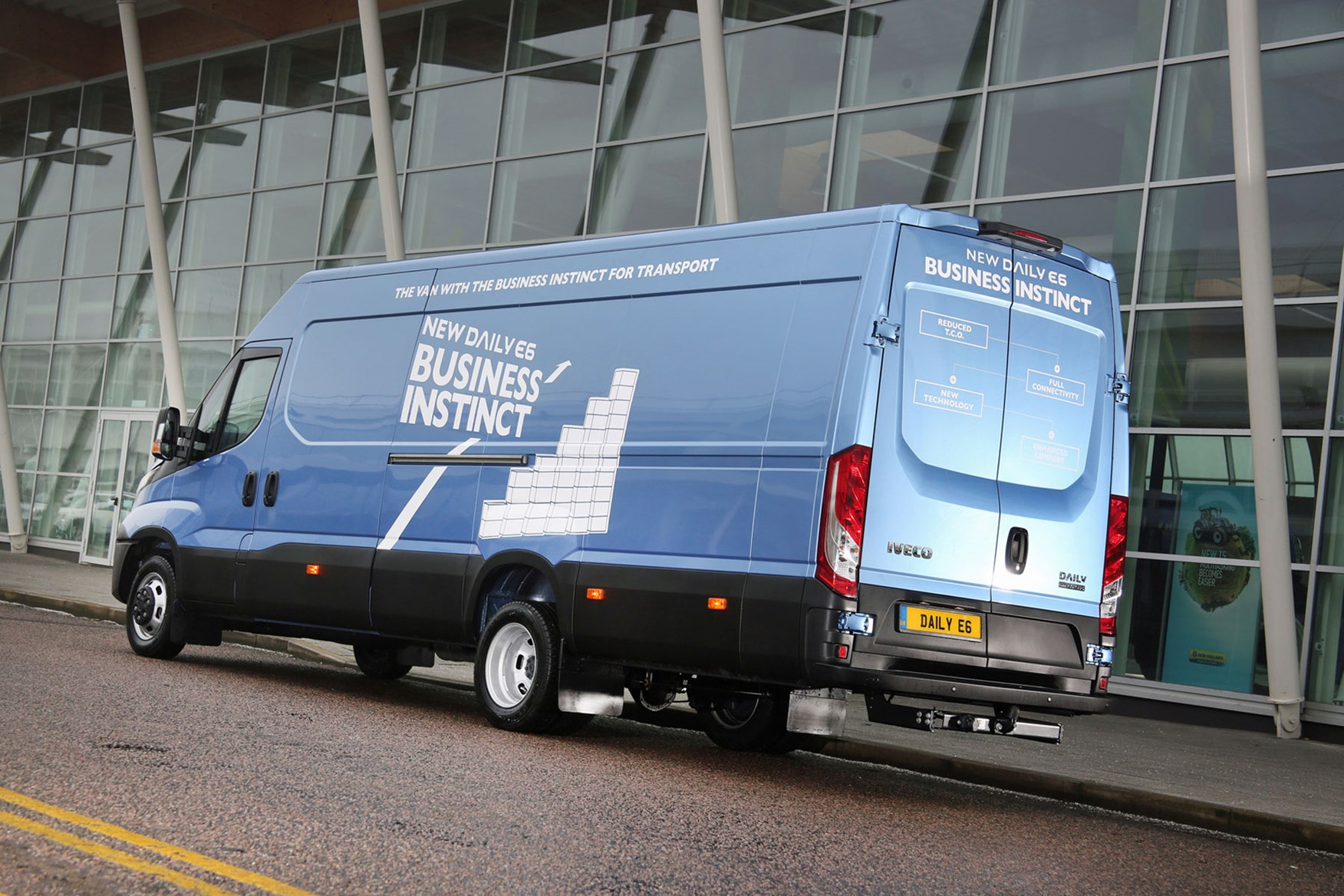 Iveco Daily Euro 6 - rear view, enormous body