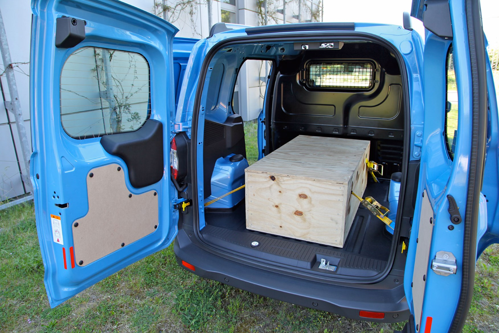 Ford Transit Courier load area with load