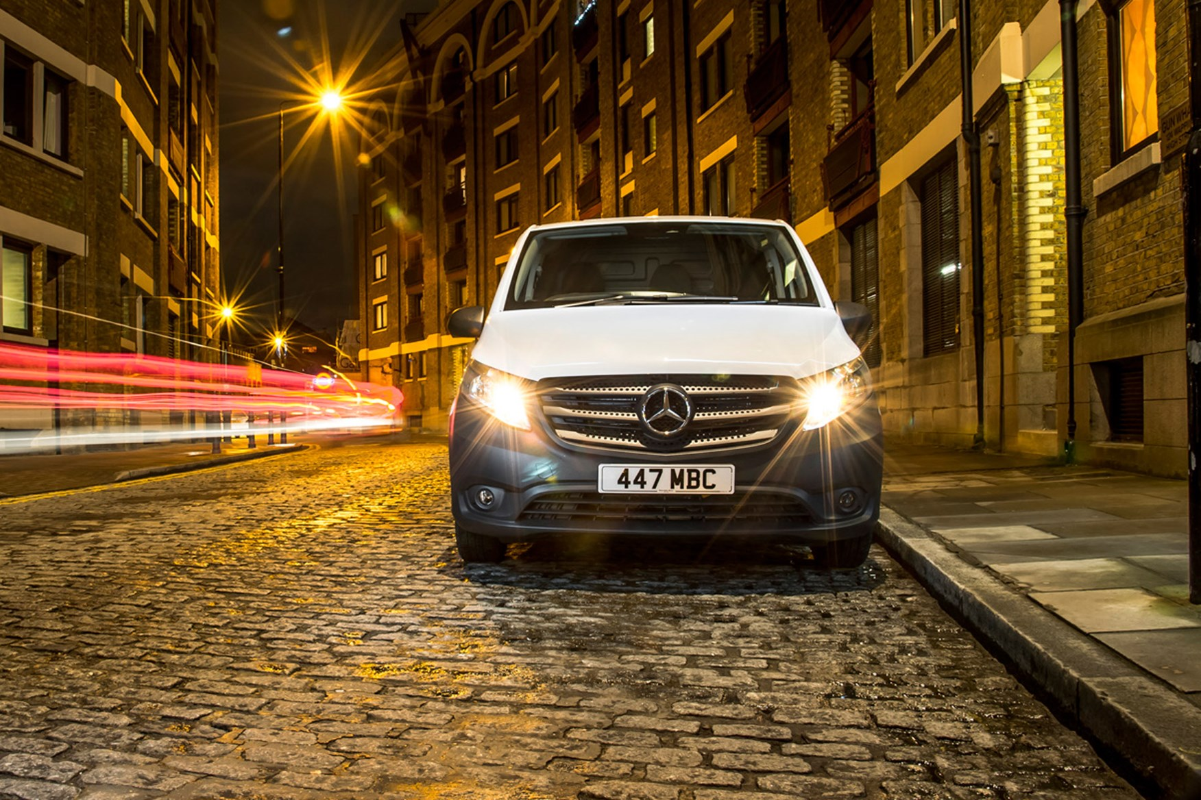 Mercedes-Benz Vito full review on Parkers Vans - front