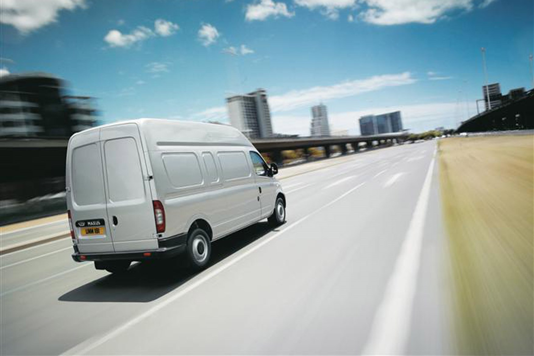 LDV Maxus review on Parkers Vans - on the road, rear exterior