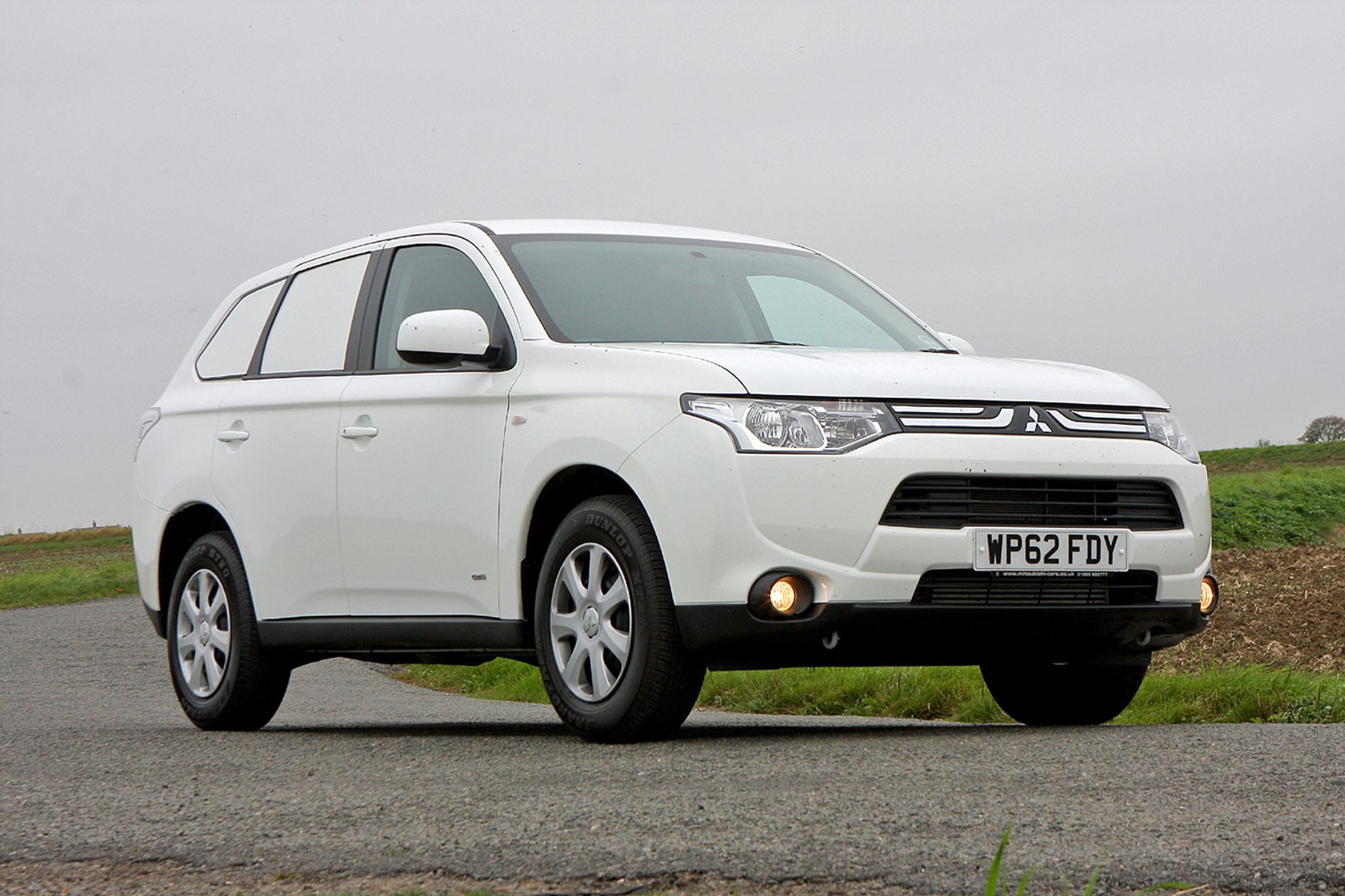 Mitsubishi Outlander Commercial 4x4 van review - 2013 diesel, white, front view