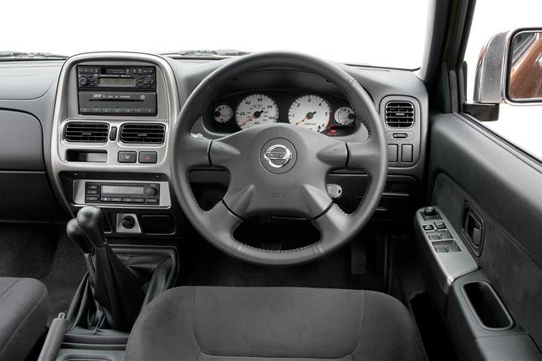 Nissan Navara 2001-2005 review on Parkers Vans - in the driver's seat