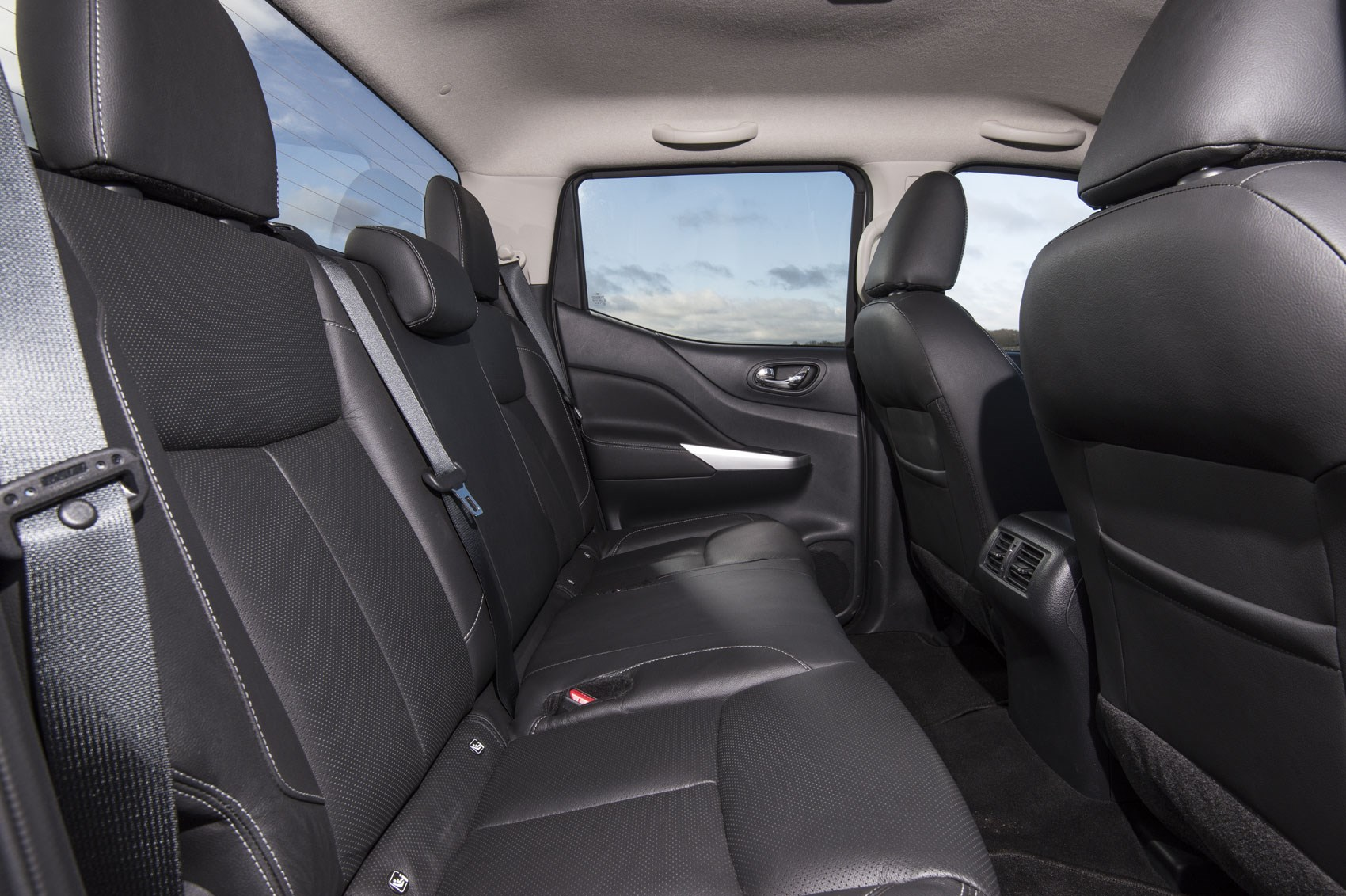 Nissan Navara review, 2019 update model, Double Cab rear seats