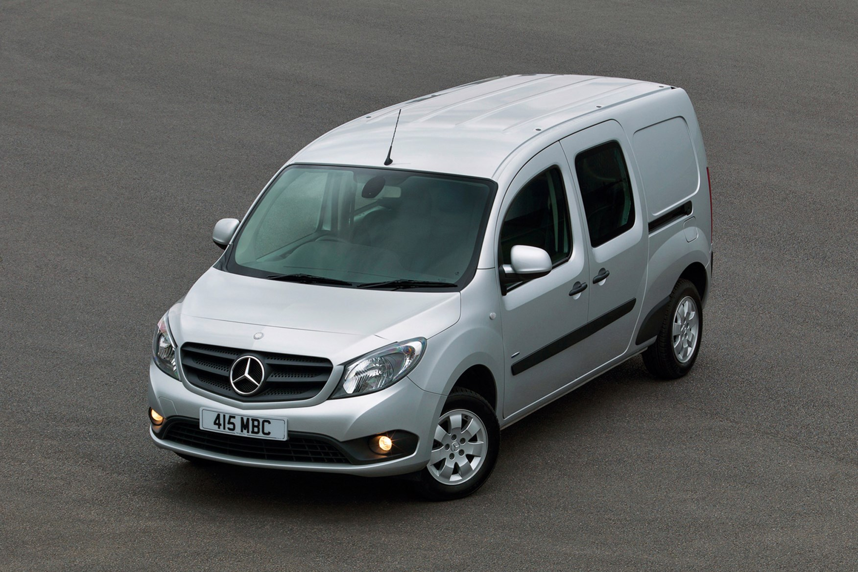 mercedes benz citan van review 2013 on parkers parkers. Black Bedroom Furniture Sets. Home Design Ideas