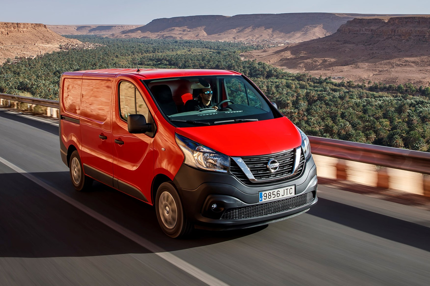 Nissan NV300 - red, driving in Morocco, 2016