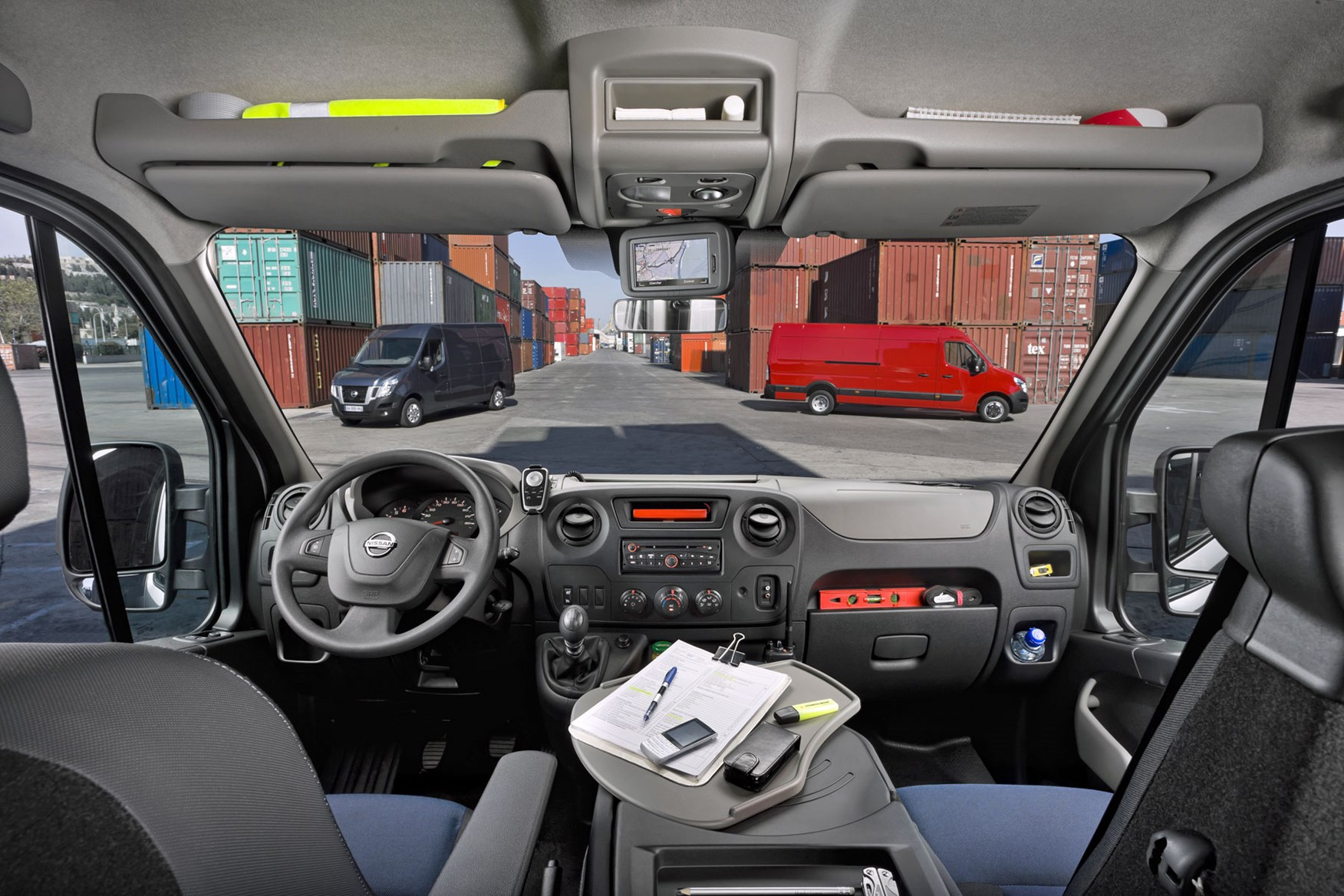 Nissan NV400 review - cab interior, 2014 model