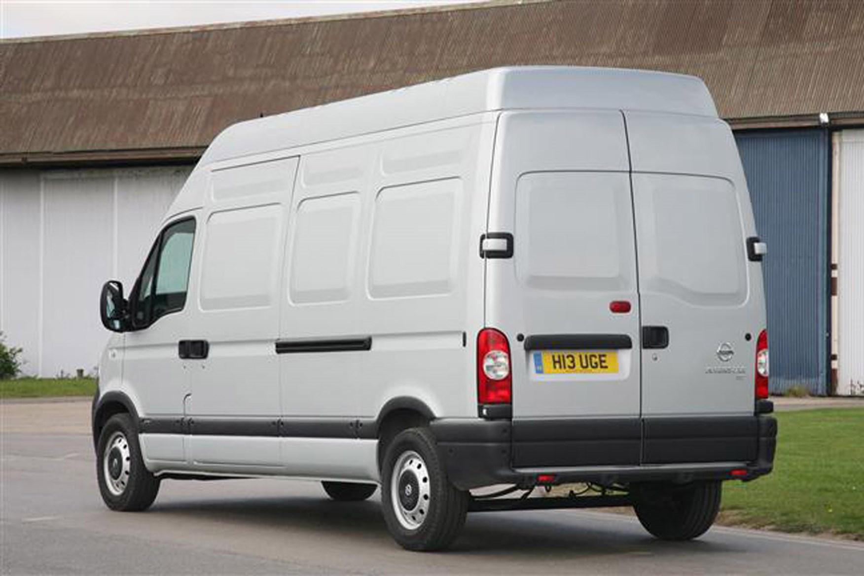 Nissan Interstar 2003-2011 review on Parkers Vans - rear exterior