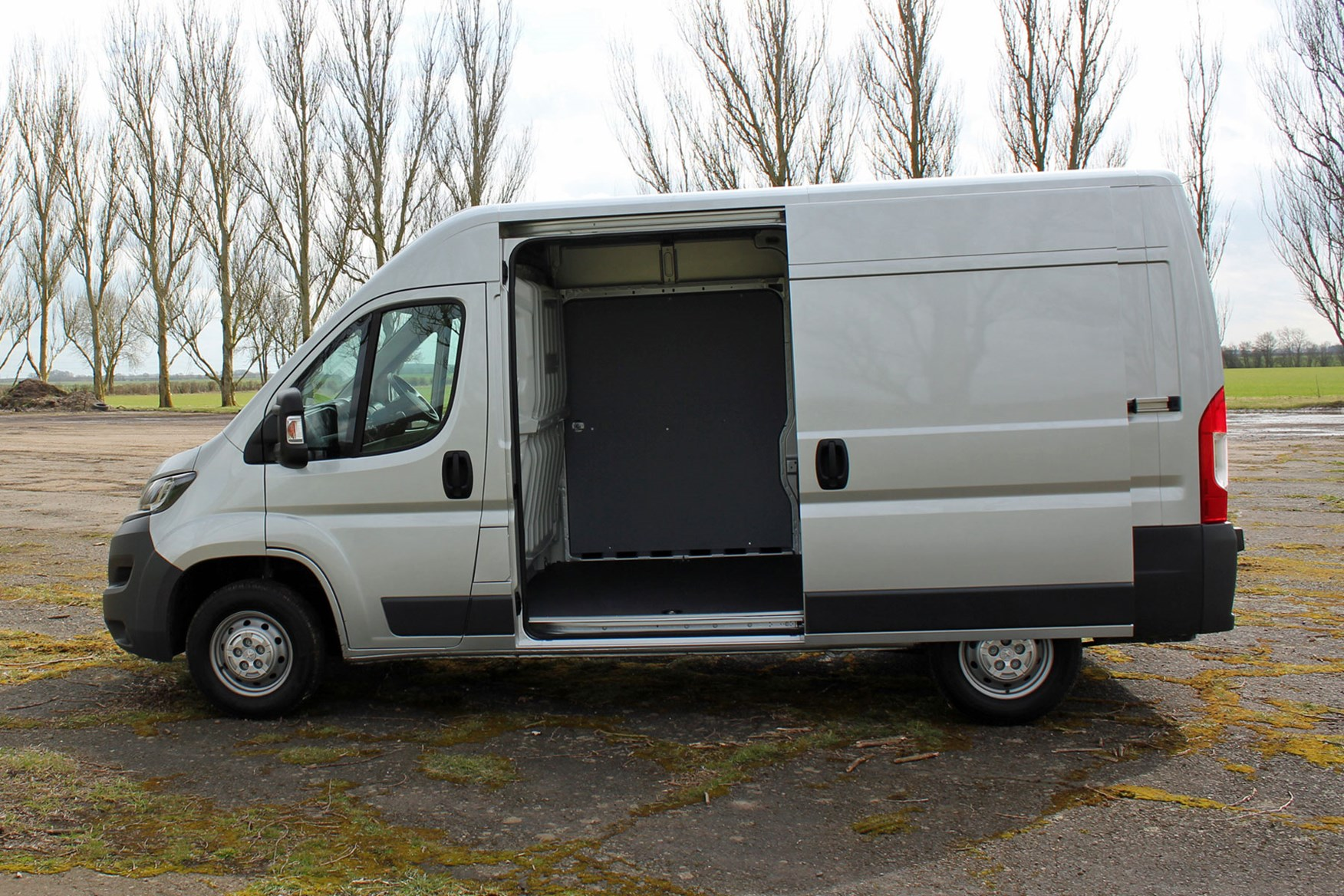 Silver 2017 Peugeot Boxer side view, door open