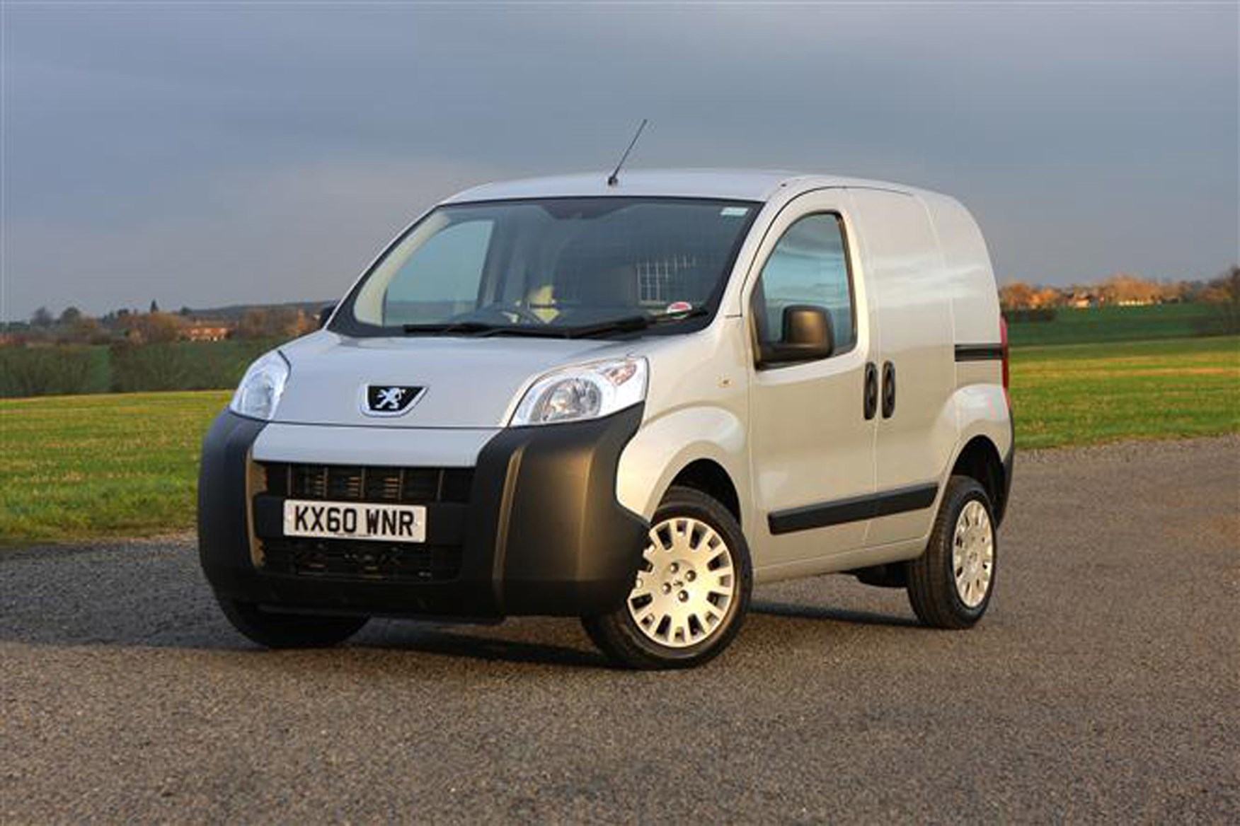 Peugeot Bipper review on Parkers Vans - exterior
