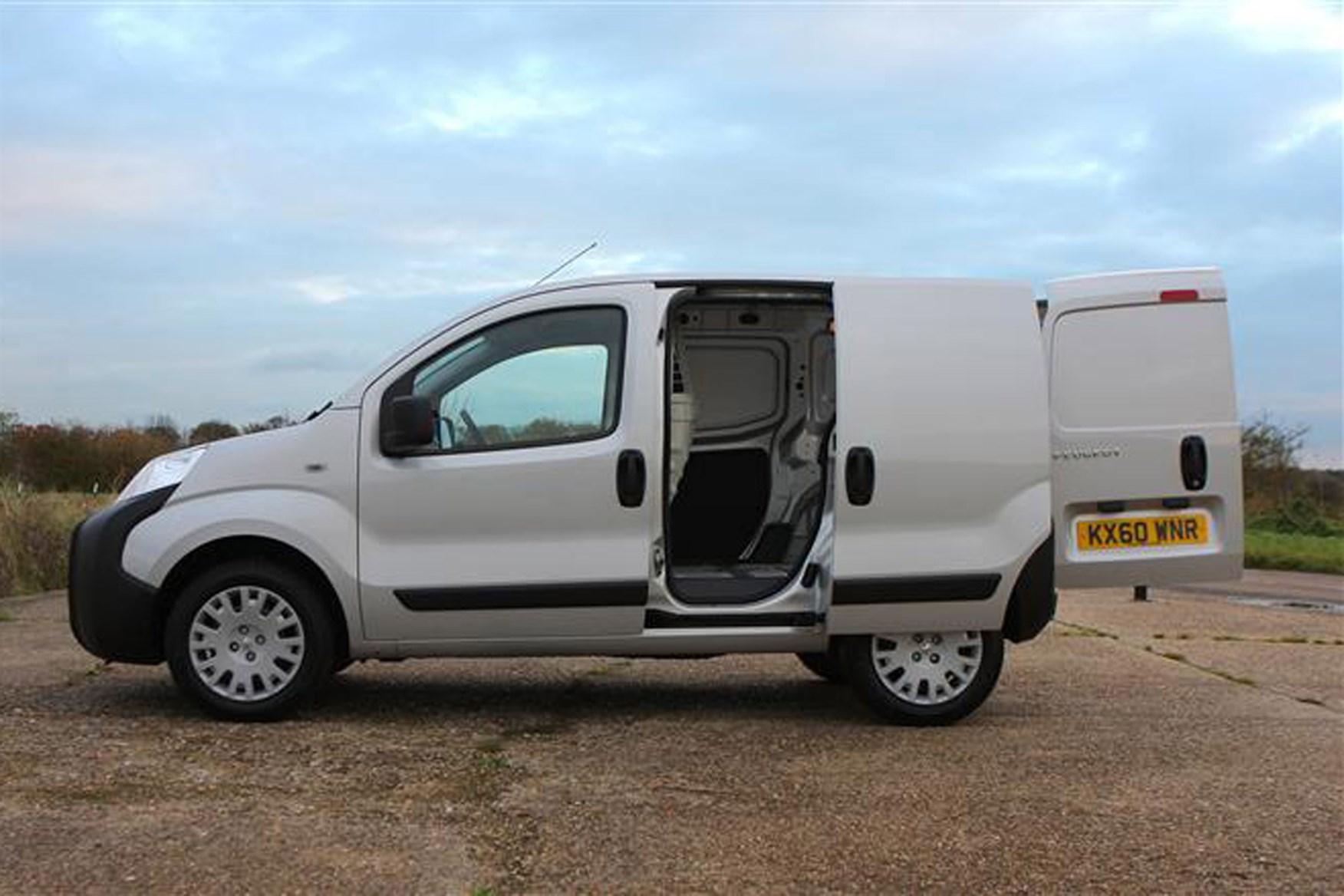 Peugeot Bipper review on Parkers Vans - load area access