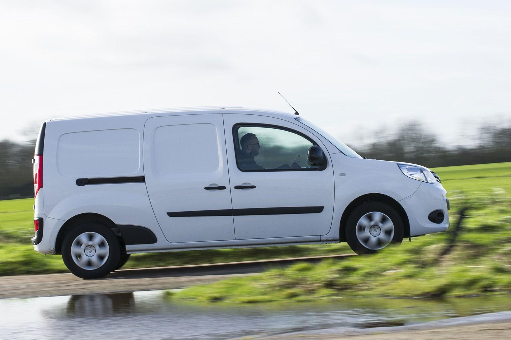 Renault Kangoo van review - driving, 2020