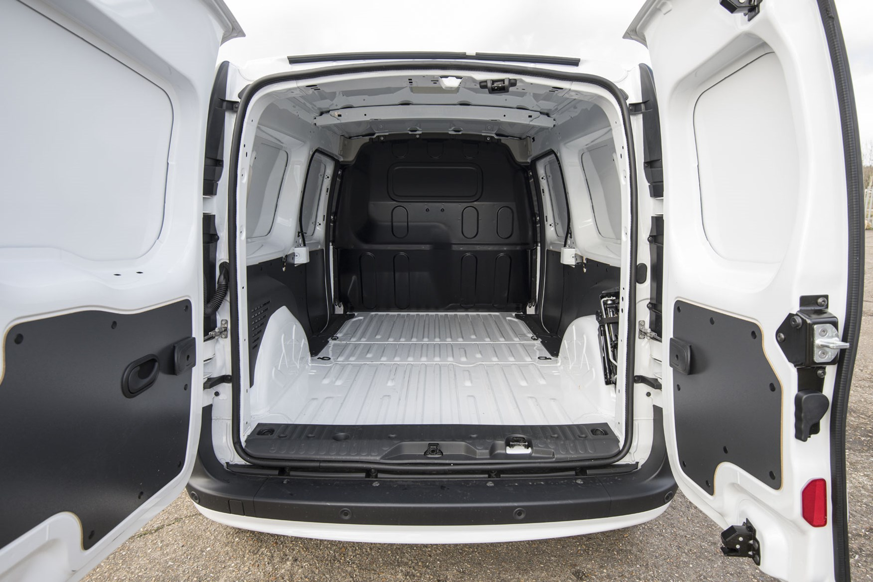 Renault Kangoo van review - load area, 2020