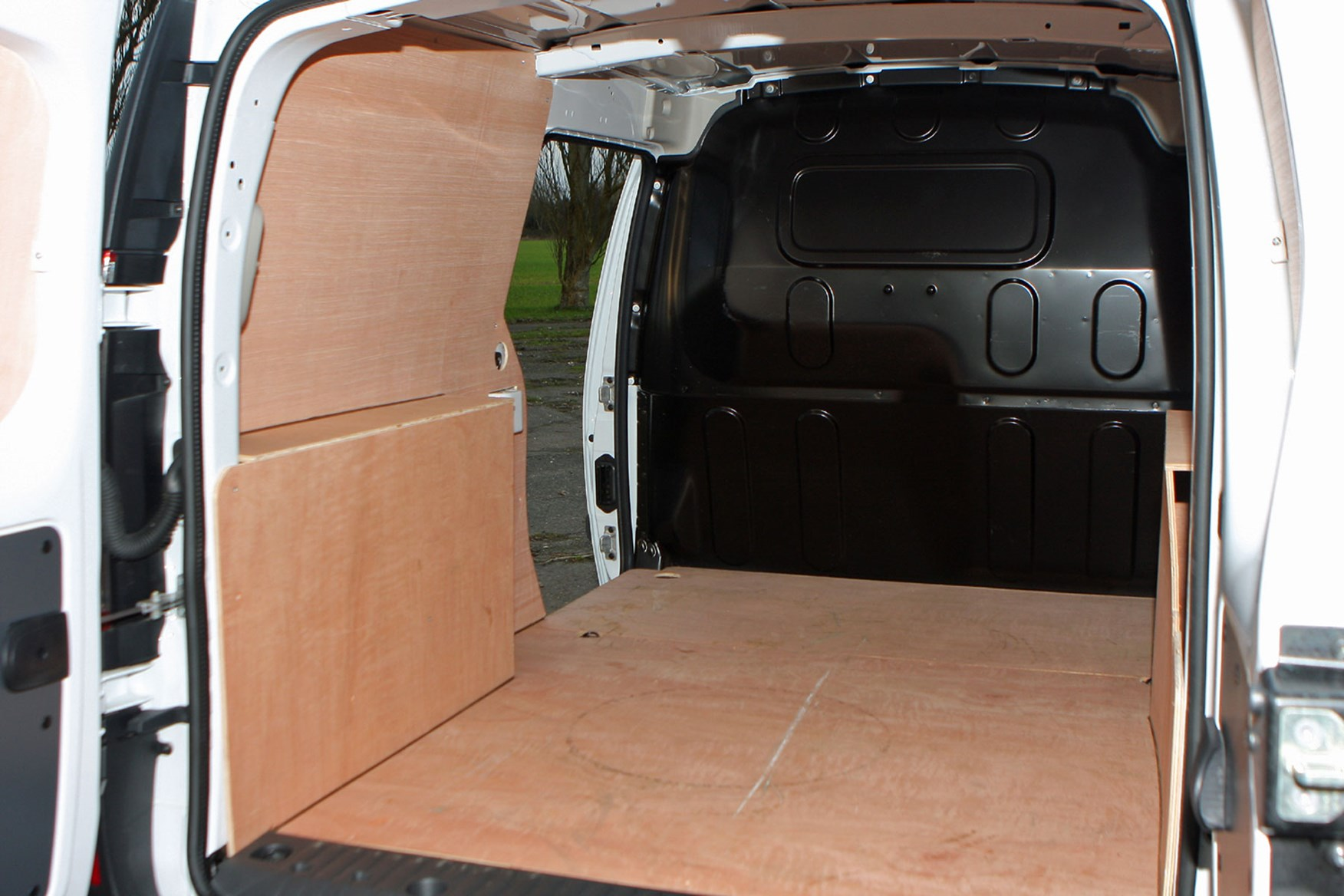Renault Kangoo Maxi Sport review - load area