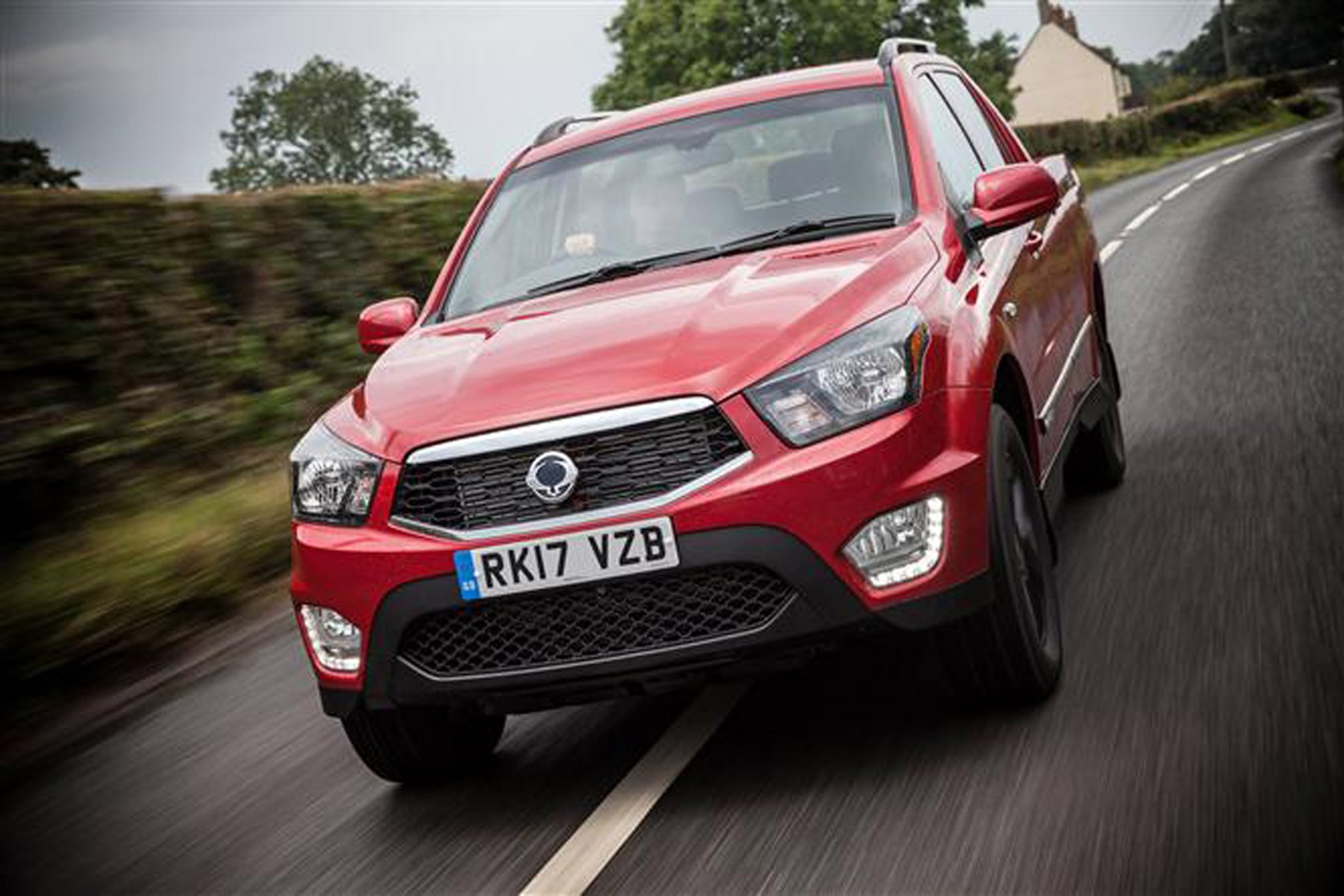 SsangYong Musso full review on Parkers Vans - on the road
