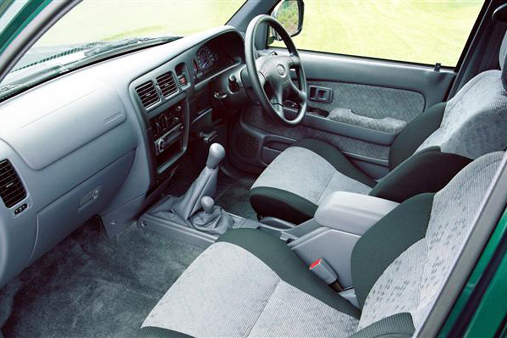 Toyota Hilux review on Parkers Vans - interior
