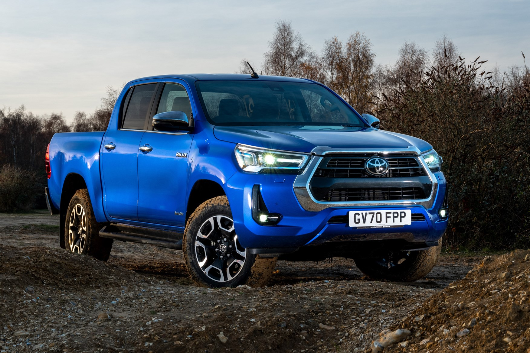 Toyota Hilux review, 2020 facelift, front view, Invincible, blue