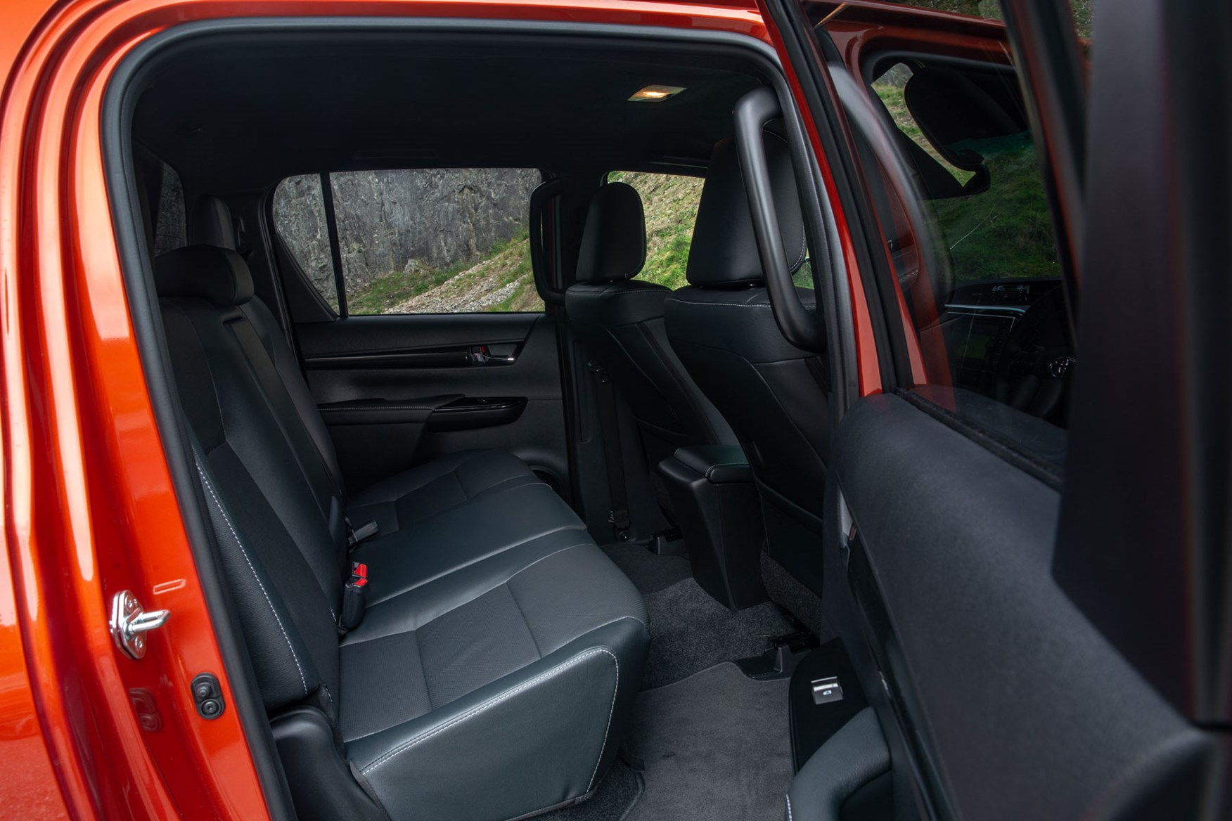 Toyota Hilux review - Double Cab rear seats and door opening