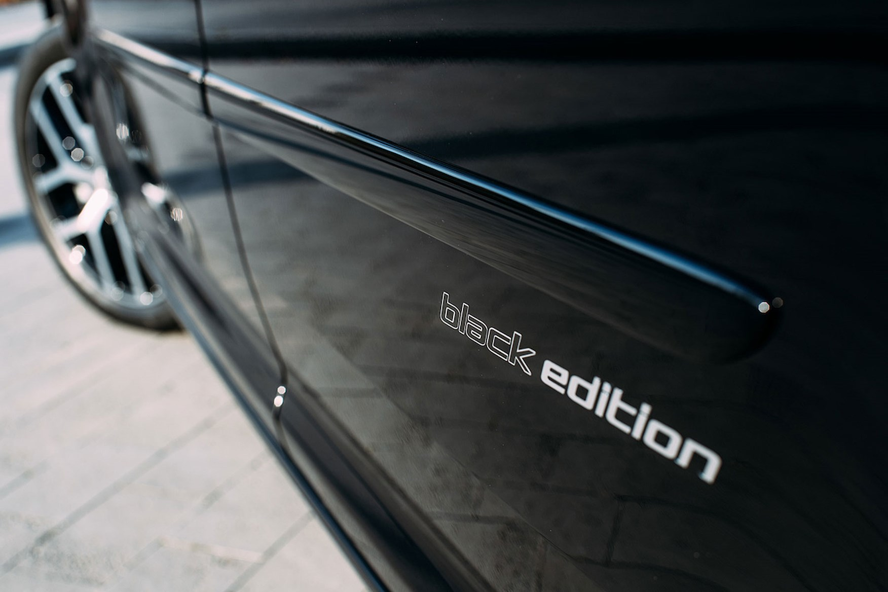VW Caddy Black Edition review - Black Edition graphics on side, 2017