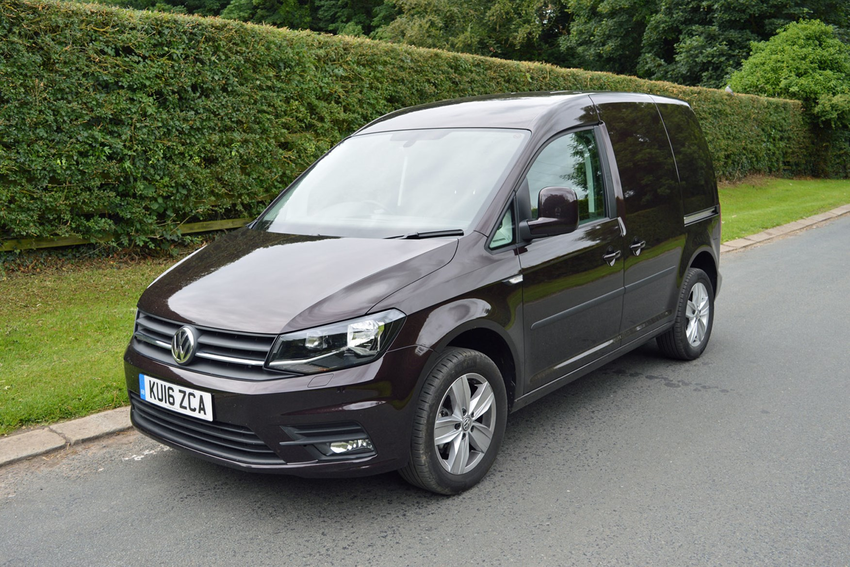VW Caddy 1.4-litre TSI 125 review - front view, purple, 2016