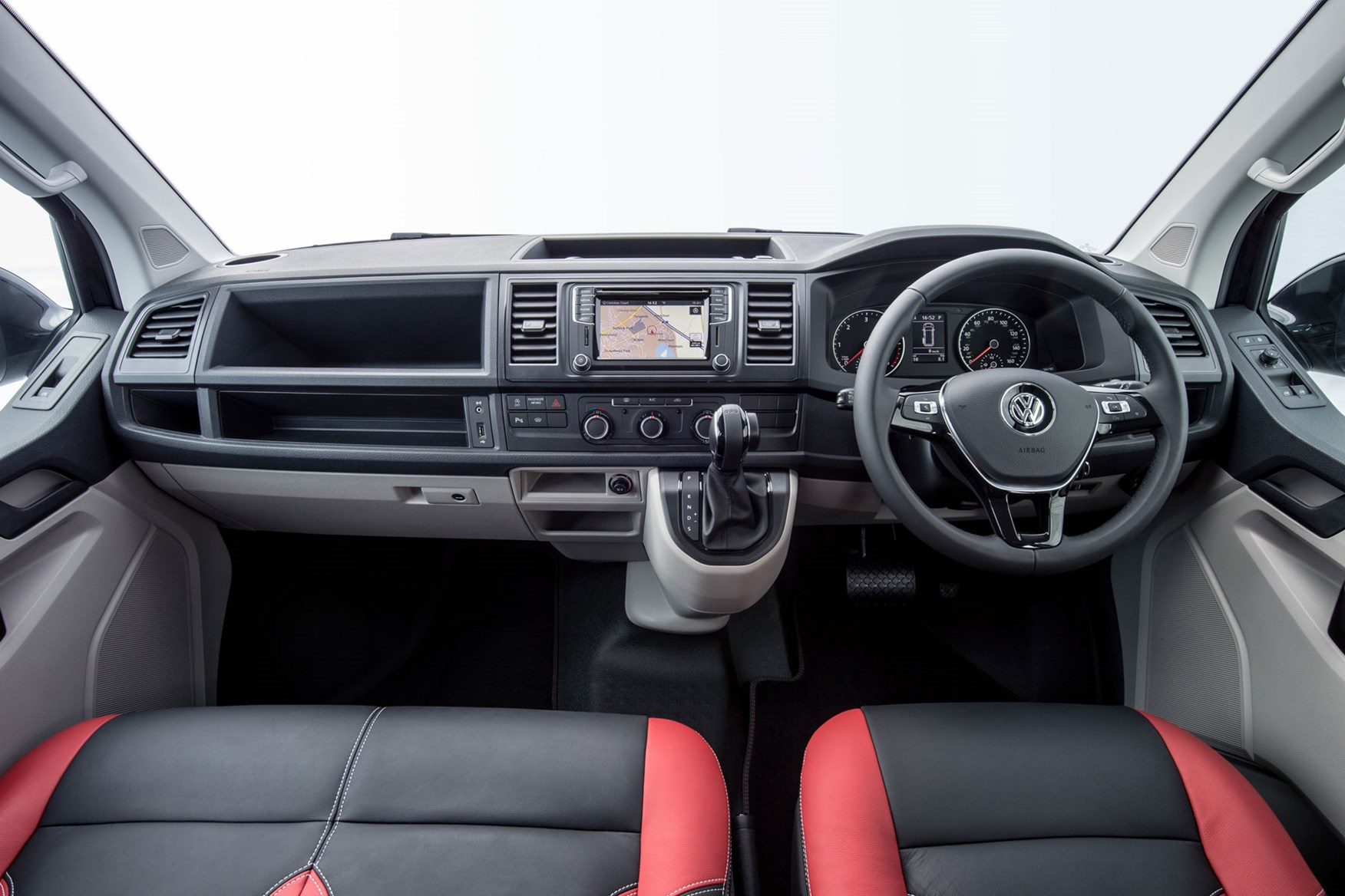VW Transporter T6 Sportline review - dashboard, cab interior, leather