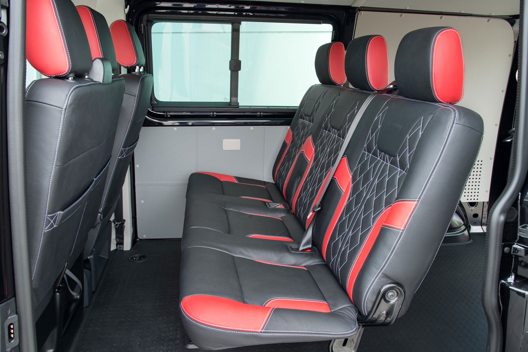 VW Transporter T6 Sportline review - kombi rear seats