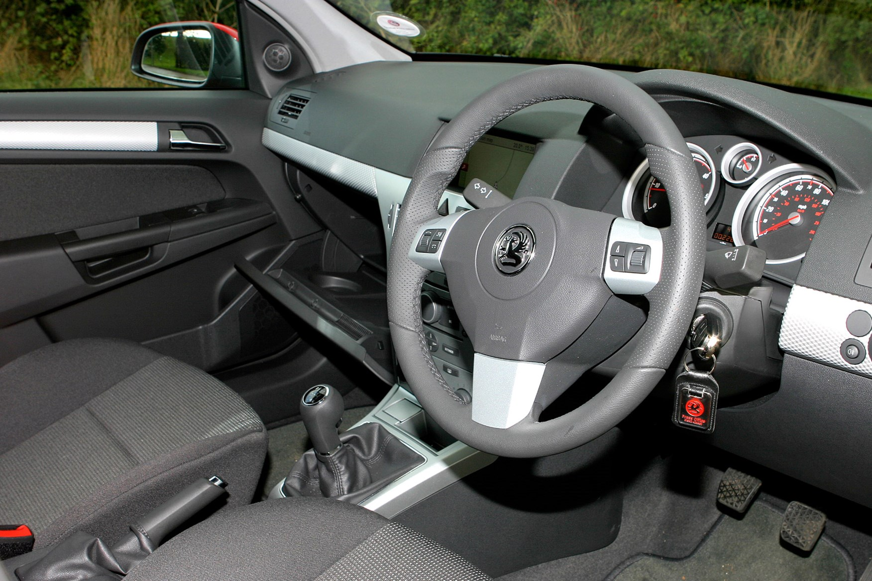 Vauxhall Astra review on Parkers Vans -  interior