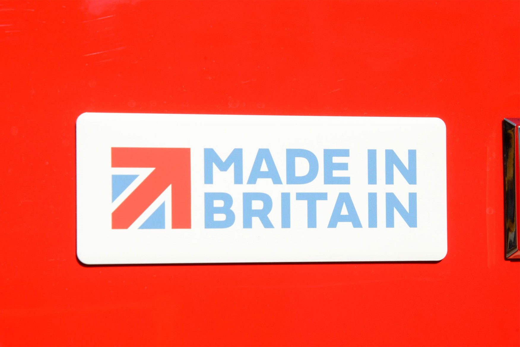 Vauxhall Vivaro review - Made in Britain badge