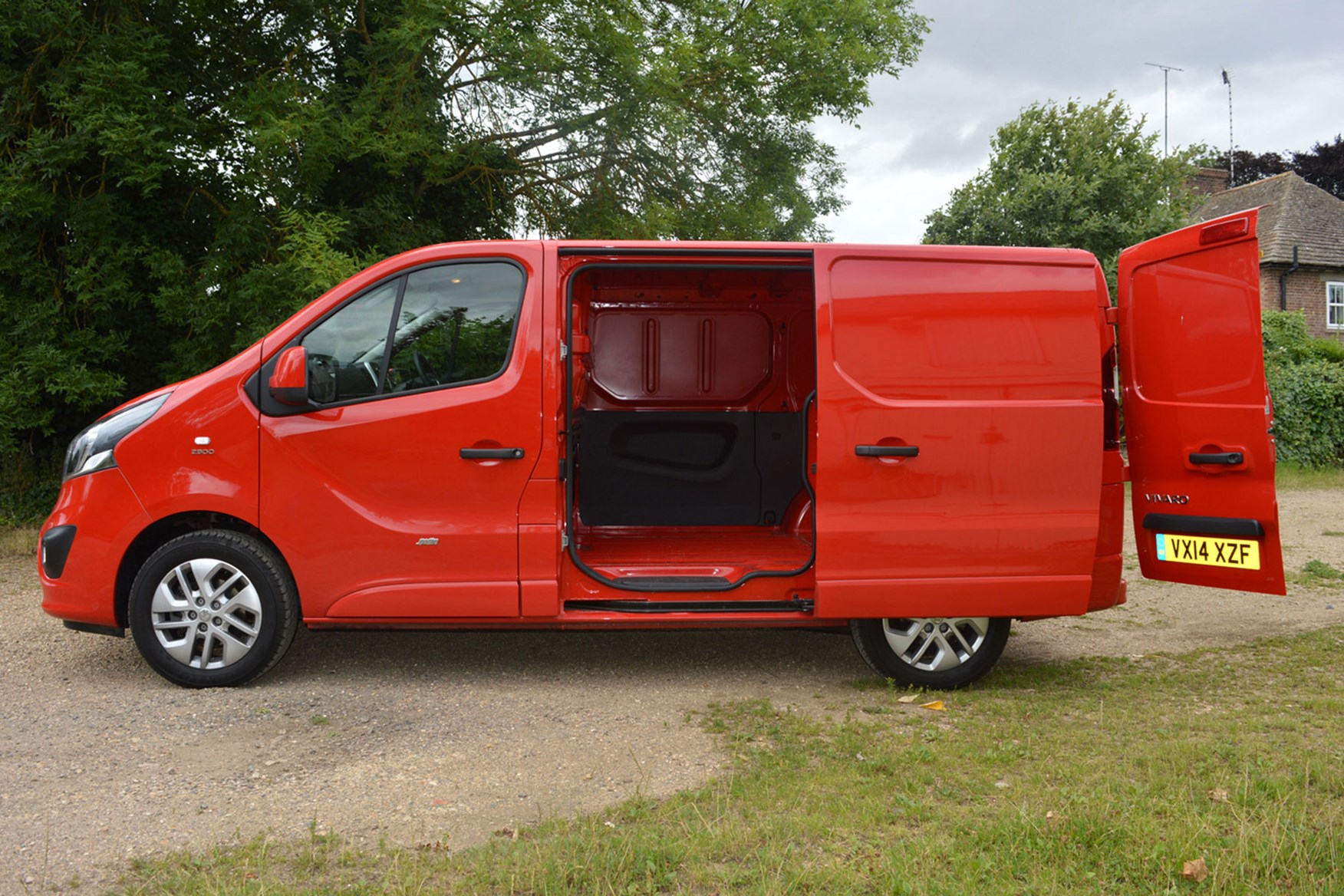 Vauxhall Vivaro Sportive EU5 review - side view, red, with doors open