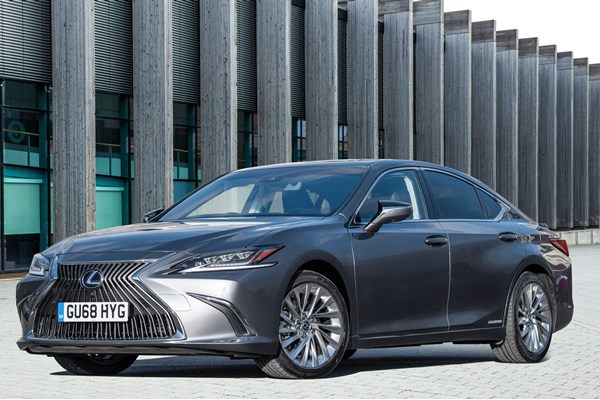 Lexus ES Saloon (19 on) - rated 3.8 out of 5