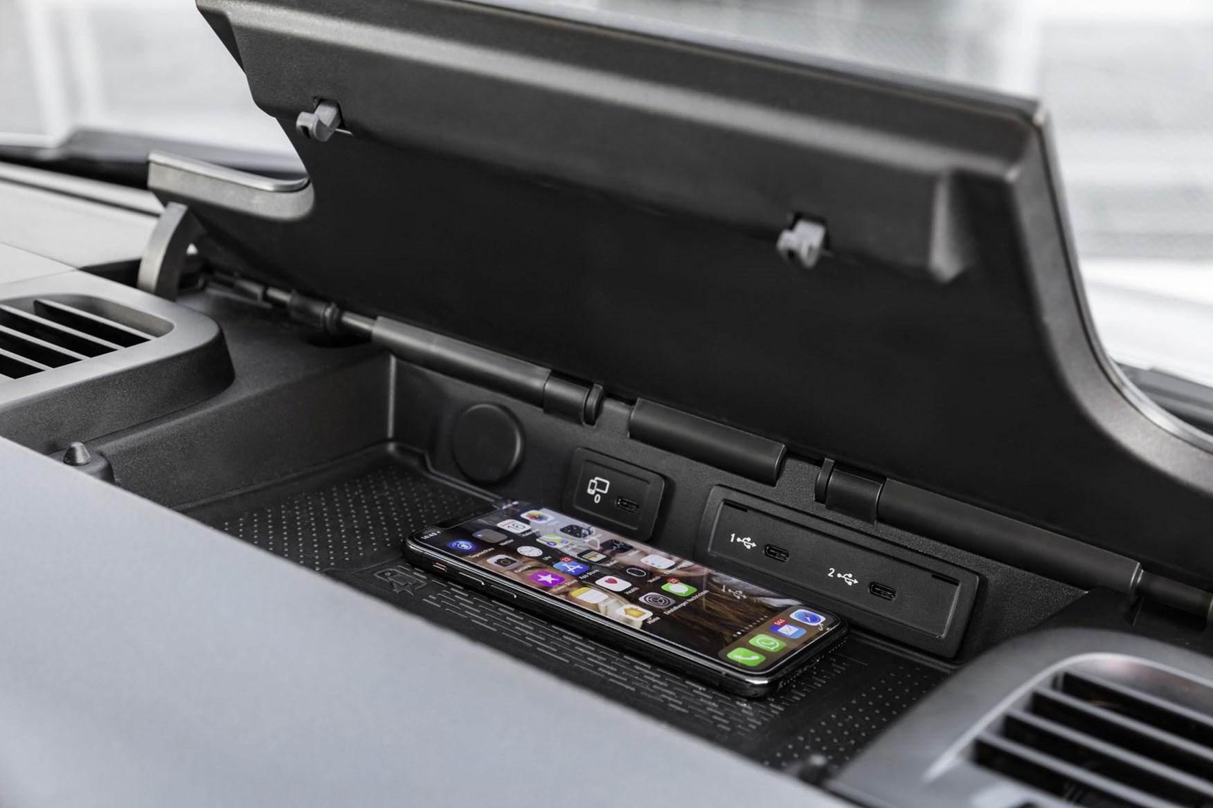 Mercedes Sprinter (2018-on) review - dashtop storage