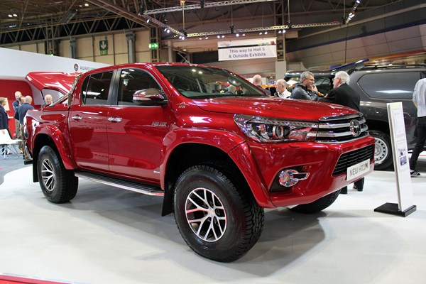 Toyota launches Hilux AT35 at CV Show 2018 – new Arctic