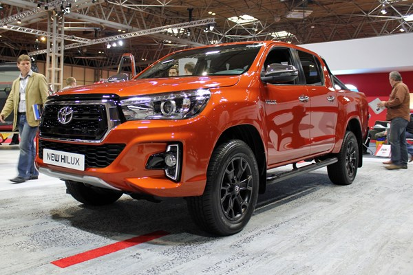 Used Toyota For Sale >> Toyota Hilux Invincible X - new look for new range-topper at CV Show 2018 | Parkers