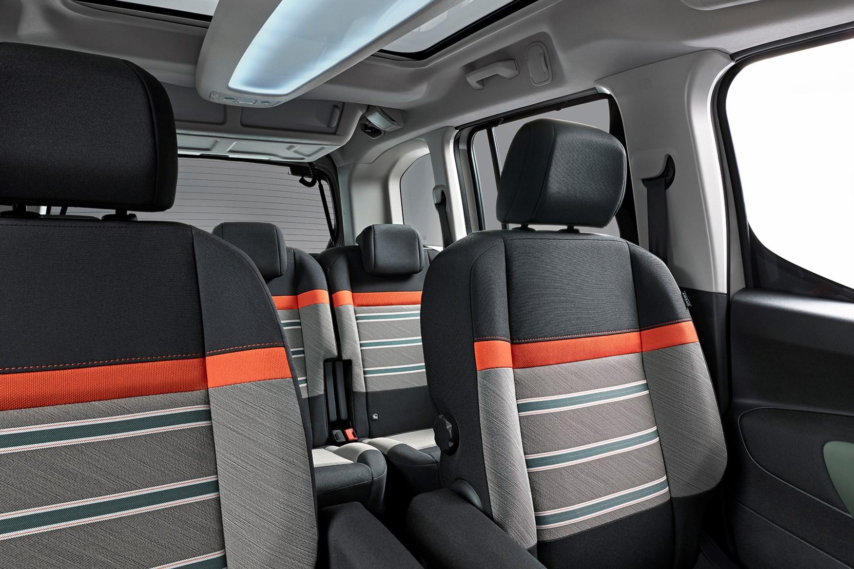 ... Citroen Berlingo interior detail ...