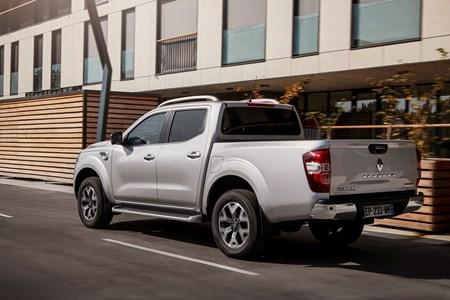 Renault Alaskan Pickup Review French Version Of The Nissan Navara