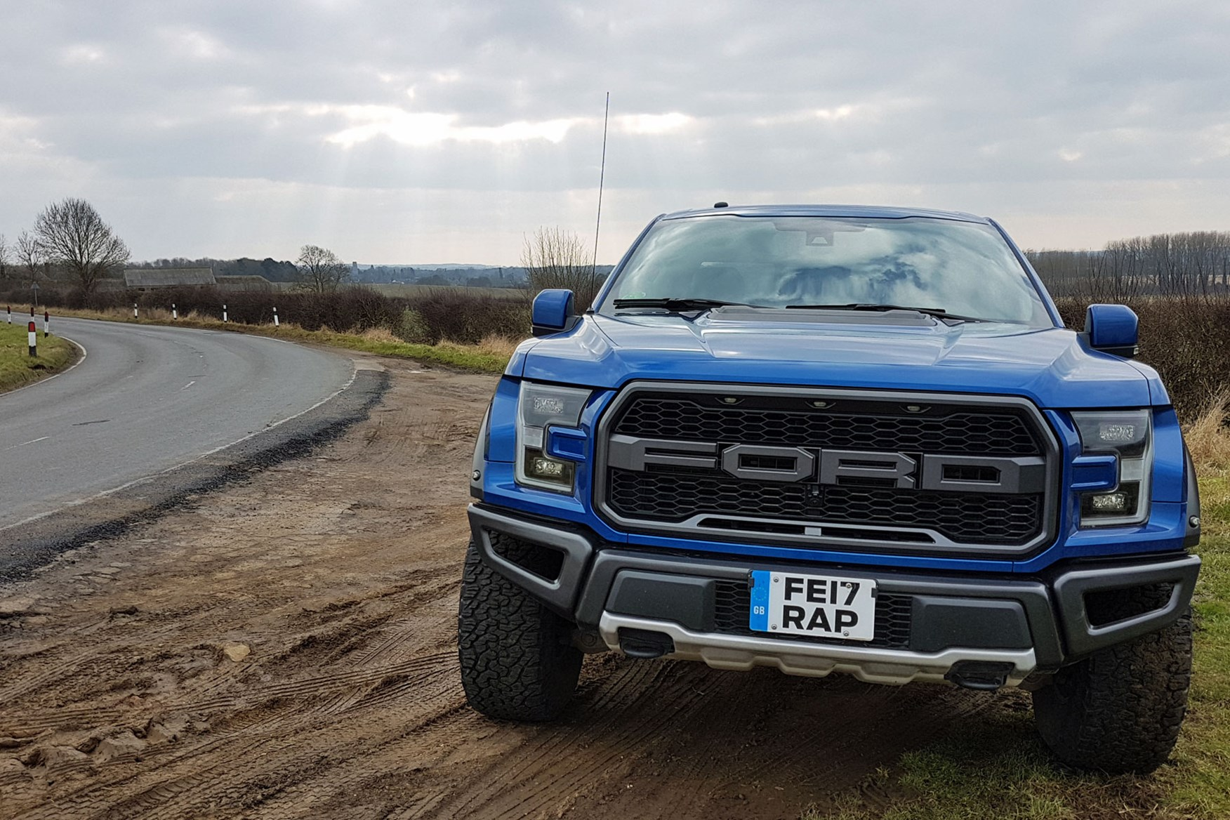 Ford F-150 Raptor review - taking high-performance pickups ...