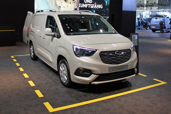 2018 Vauxhall Combo van - full details on Parkers Vans and Pickups