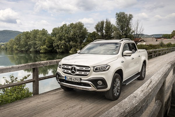 Mercedes X Cl 350 D Pickup Review On Parkers Vans And Pickups
