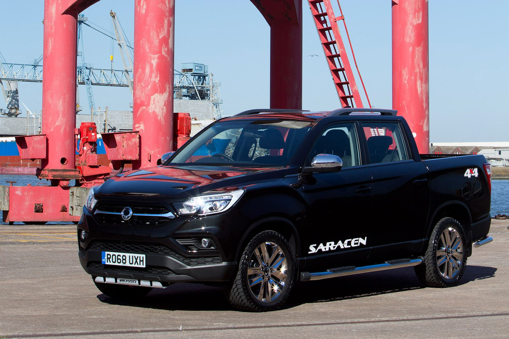 SsangYong Musso (2018-on) review, Saracen, front view, black